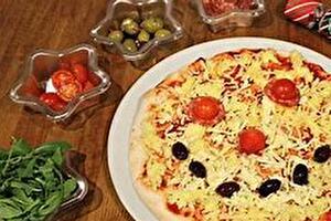 Augustus   Pizza versieren Vaassen